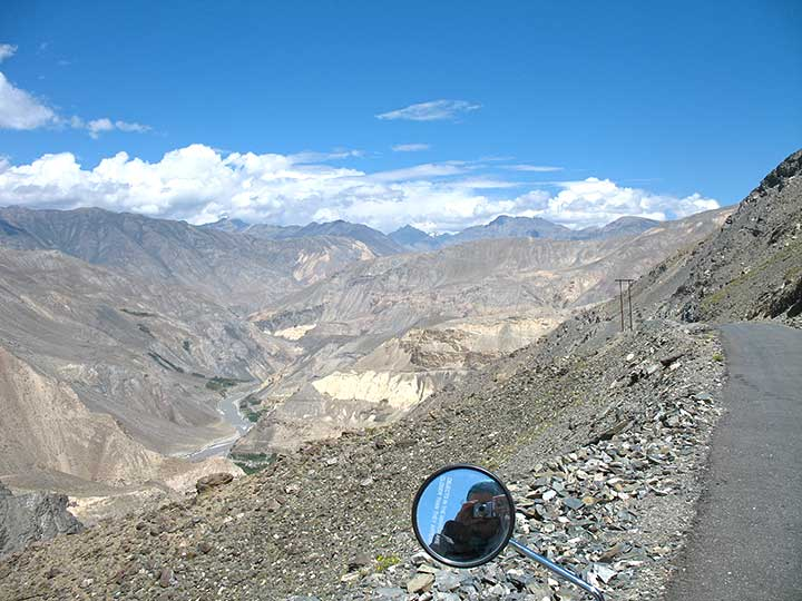 Nako-road-down-to-Sutlej